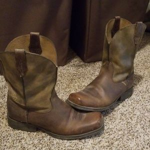 Arait leather boots